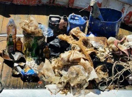 Sorrento, recuperati a mare750 chili di rifiuti